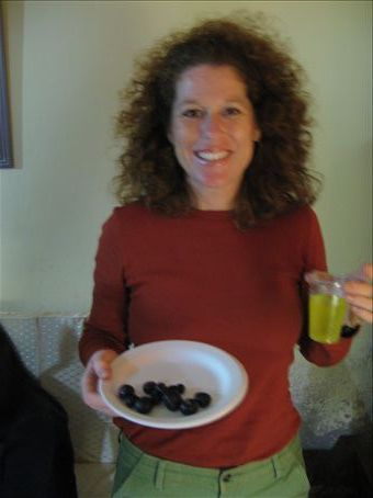 Twelve grapes for good luck and Inca Kola. . . Happy New Year from Peru!