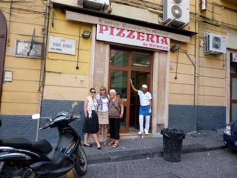 Outside Da Michele - the pizza guy thought we were crzy tourists