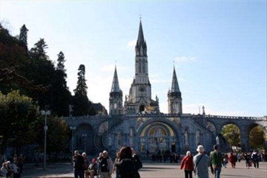 Notre Dame, Lourdes