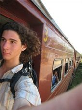 Experiementing the train in Sri lanka...: by alpha_, Views[329]