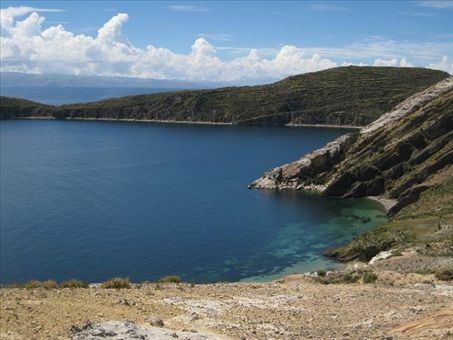 The little cove where we camped and swam on our second night on Isla del Sol.