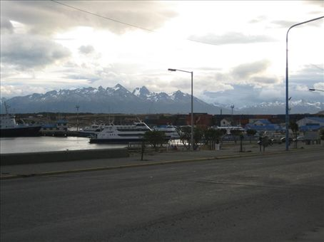 Evening in Ushuaia (around 10 pm)