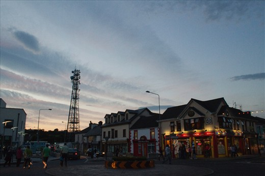 A quiet moment falls over Killorglin, almost like an indrawn breath. The streets are nearly empty and cheery pubs glow warm and welcoming. It is this moment that reveals the natural state of the town and hints at what it must be like on the other 51 weekends of the year.
