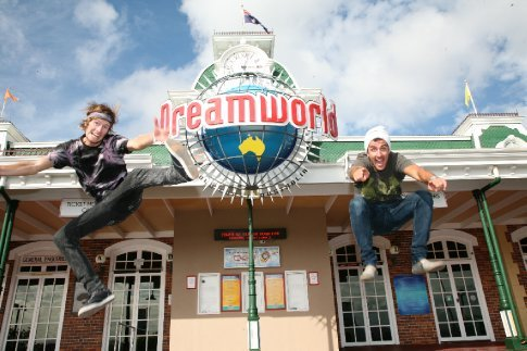 Hamish & Adam drop in at Dreamworld on the gold coast, QLD