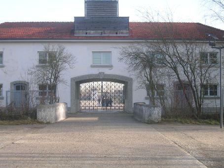 dachau _ concentration camp entrance
