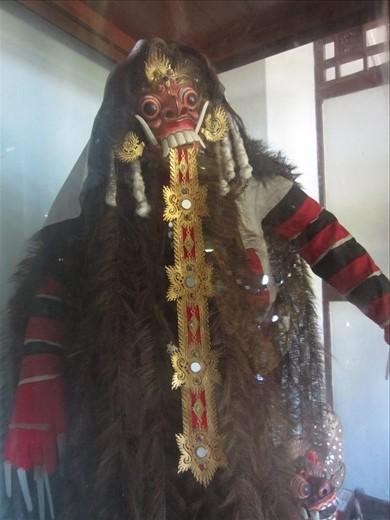 Hindu Balinese costumes
