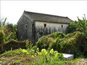 Maison traditionnelle de ces fameux villages fortifiés: by angeours, Views[244]