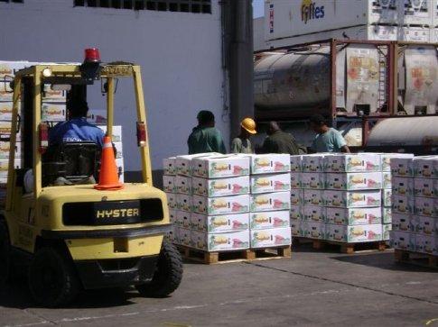 Outbound produce on the docks, Santa Marta, Colombia