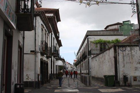 Skinny street, Azores