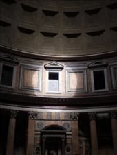 Reflection from the hole in the roof of the Pantheon: by anna, Views[531]