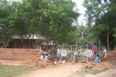 Tibetan Pavilion - making a new gate