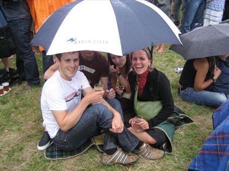Toast NZ 2007 (in the rain)