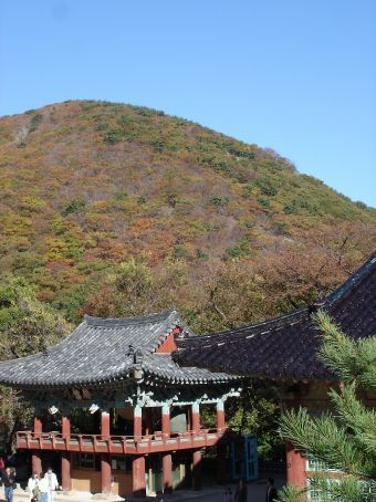 Sunday afternoon stroll - Beomeosa and Mt Geumgang