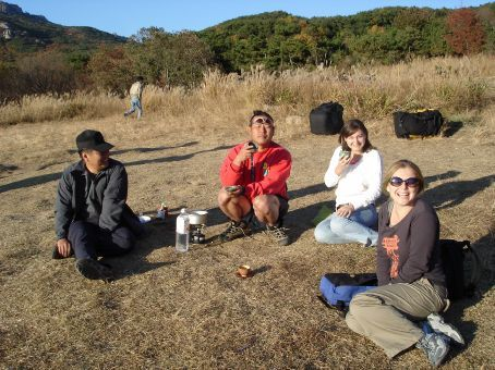 Sunday tea with some paragliders - just after stopping them starting a bush fire (gas stoves and daytime soju drinking do not mix)