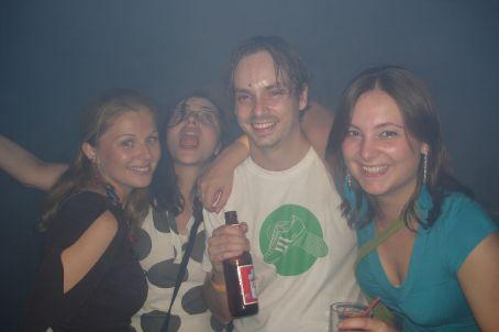 Nicole, Dawn, Tom and Abi