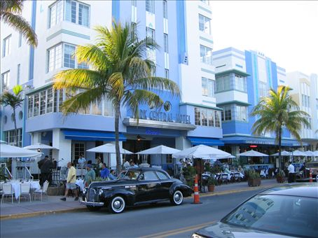 This is the hotel where the movie Casablanca was filmed. If I'd seen Casablanca I might have recognised it.
