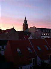 A lovely sunset viewed from my kitchen window.: by arollingstone, Views[263]