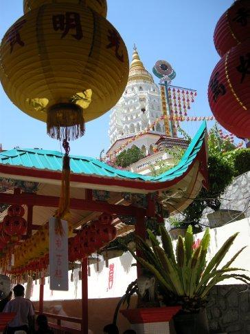 Inizia la visita al Kek Lok Si Temple