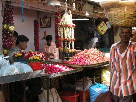 al mercato di Mysore....tra fiori