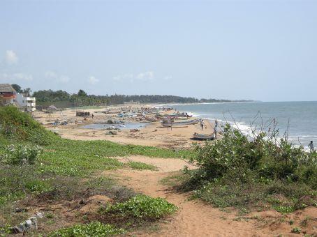 la spiaggia di Mamallapuram vista dallo Shore Temple