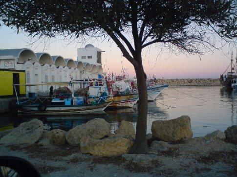 Peaceful little Beni-Ksar harbour again