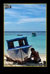 Pulau Mantanani, Sabah, Malaysia: by azlanumpai, Views[454]