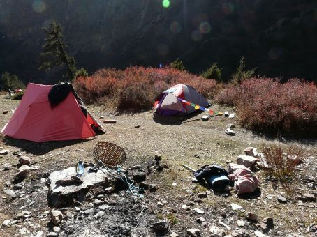 Base Camp on 3900m at the end of the valley.