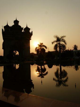 Sunset at Patuxai.