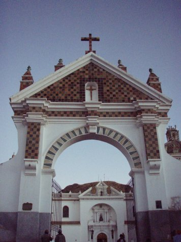 Big cathederal thingy in Copocobana