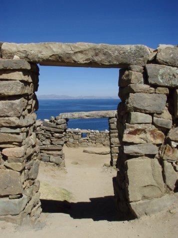 Incan ruins on Isla del Sol.