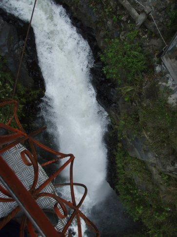 It took us right over the top of this pretty speccy waterfall.