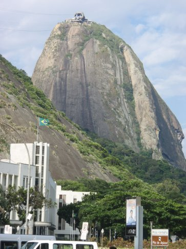 Looking up to sugar loaf mountain