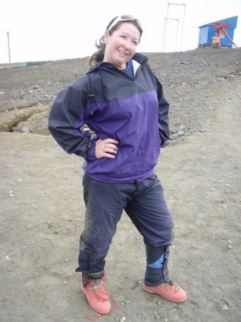 WORK IT BABY!  My sthexy red boots!  HIDEOUSLY uncomfortable - but pretty useful for trekking on the icy sides of volcanos.
