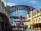 A shot of the Harbour Bridge with Luna Park in the foreground.: by bettedarling, Views[454]