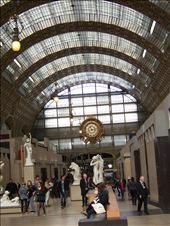 Paris -- Musee d'Orsay -- grand hall -- train station clock in the background: by billh, Views[73]