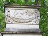 Paris -- Cimetiere du Pere Lachaise -- navy Admiral's tomb: by billh, Views[103]