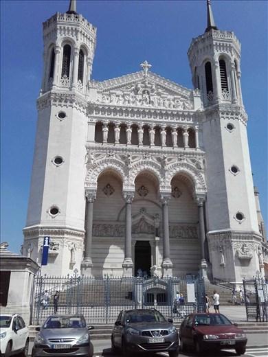 Lyon -- Basilica Notre Dame de Fourviere.01