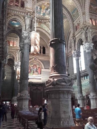 Lyon -- Basilica Notre Dame de Fourviere.04