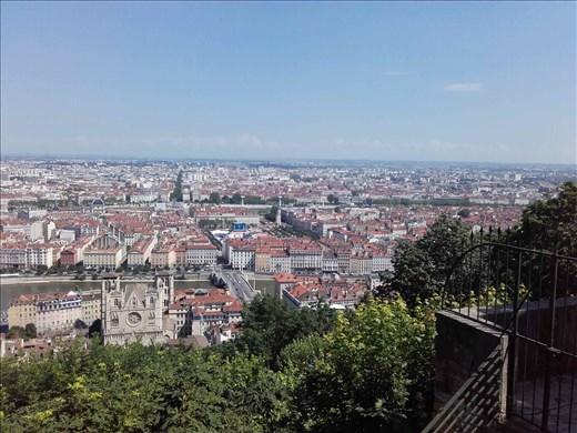 Lyon -- view from Basilica Notre Dame de Fourviere.02