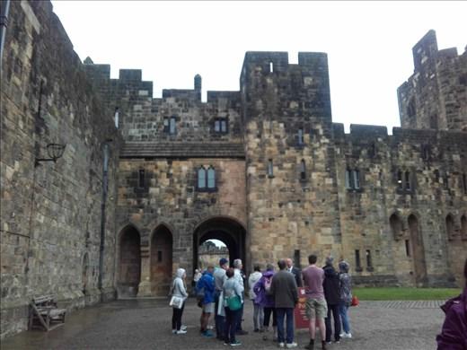 Alnwick Castle.02