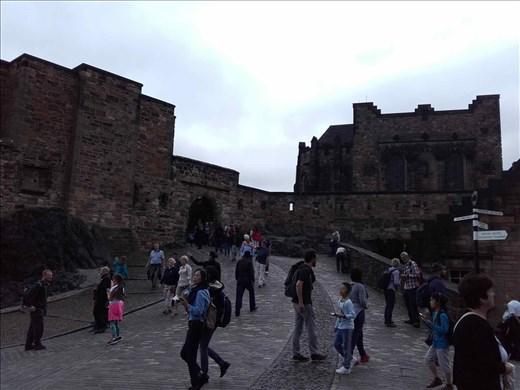 Edinburg Castle.03