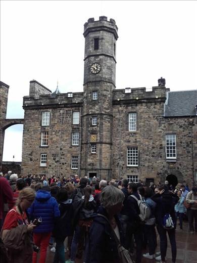 Edinburg Castle.08