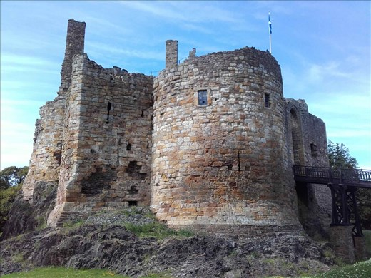 Direlton Castle.05