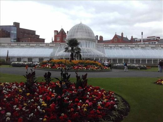 Ireland -- Belfast -- Botanic Gardens.03
