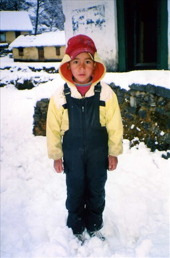 Rohit (Class 3) striking a very serious face in the fresh snow....