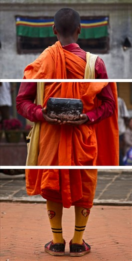 Based on an old trend among monks, they used to go out of their monastery with an empty bowl to ask for the food, however the process had to be done in the total silence. This monk in the picture used to stand in a corner of the Bouddhanath stupa without a slight movement in total silence for hours each day.