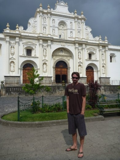 Cookie in front of the Catedral de Santiago
