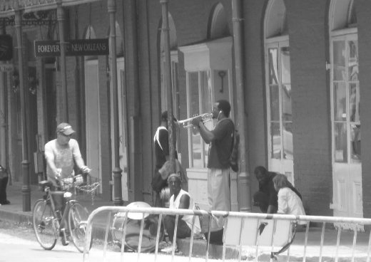 Music in the street gives the city such personality