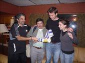 Dr. Soto en dr. Oscar op de foto met de gringos. : by brulboom, Views[226]