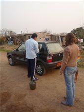 De Fiat bijtanken in een dorpje uit wijnflessen!: by brulboom, Views[190]